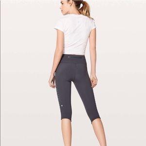 "lululemon athletica Pants - Lululemon Sharp Turns Crop 17"" Blue Tied Size 12"